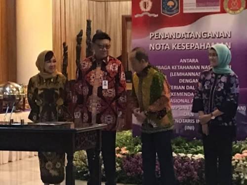 PENANDATANGANAN NOTA KESEPAHAMAN antara Lembaga Ketahanan Nasional RI (LEMHANAS RI) dengan Ikatan Notaris Indineaia (INI)  Jakarta 15 Oktober 2018