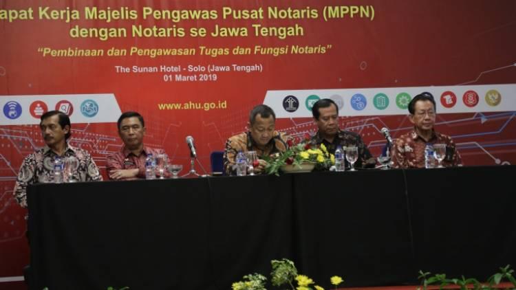 Kemenkumham Tingkatkan Pembinaan dan Pengawasan Notaris Demi Profesionalitas
