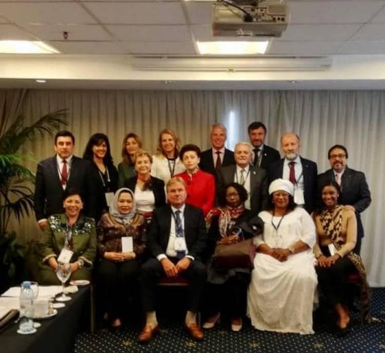 Rapat Komisi Tema dan Kongres UINL