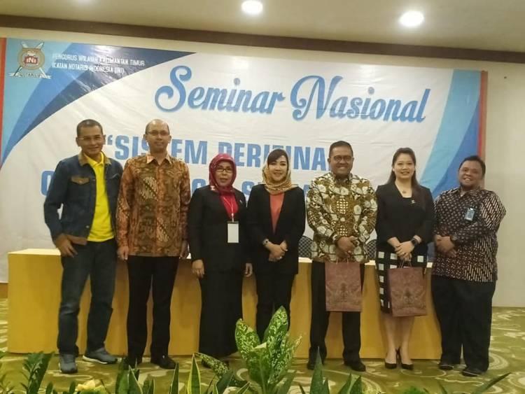 "Seminar Nasional ""Sistem Perizinan Online Single Submission (OSS)"" Yang Diselenggarakan Oleh Pengurus Wilayah Kalimantan Timur Ikatan Notaris Indonesia"